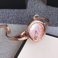 ブランド国内 グッチ  Gucci クォーツスーパーコピー代引き腕時計
