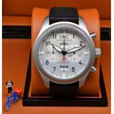 ブランド国内IWC セール価格クォーツコピー 販売腕時計
