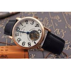 ブランド国内FranckMuller フランクミュラー  自動巻きコピー時計 販売