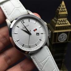 ブランド国内 グッチ  Gucci セール価格クォーツコピー時計口コミ