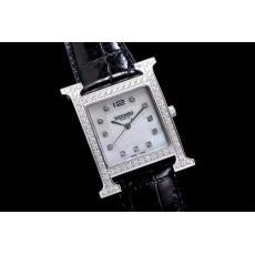 ブランド国内Hermes エルメス  クォーツスーパーコピーブランド代引き時計
