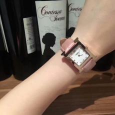 ブランド国内 エルメス Hermes クォーツスーパーコピー時計国内発送専門店