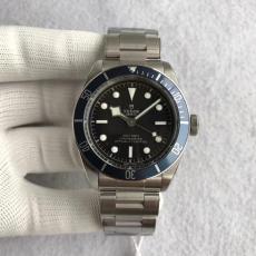 ブランド国内 チュードル   Tudor 自動巻きレプリカ販売腕時計