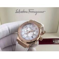 ブランド国内 フェラガモ   Ferragamo クォーツスーパーコピーブランド腕時計