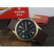 ブランド国内 チュードル   Tudor 自動巻き偽物時計代引き対応