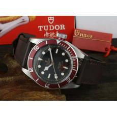 ブランド国内Tudor チュードル  自動巻きスーパーコピー時計専門店